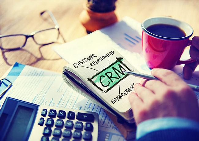 Cómo acelerar el cierre de ventas - uso de CRM
